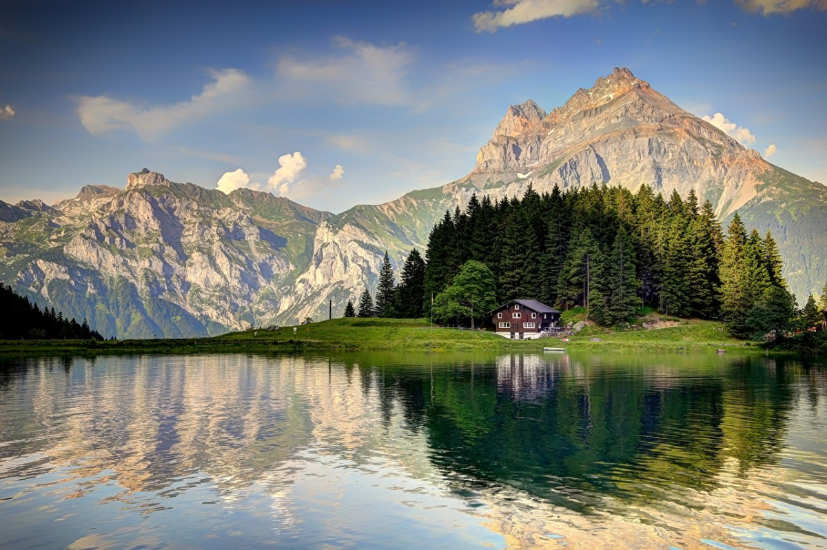 Puzzle Sammeln Puzzle Online - House in the mountains