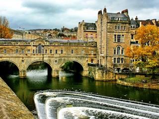 Собирать пазл Bath England онлайн