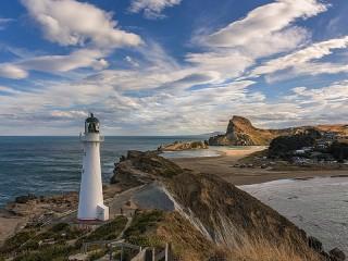 Собирать пазл White lighthouse онлайн