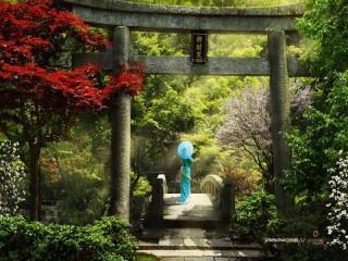 Собирать пазл Girl in the garden онлайн