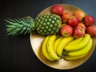 Собирать пазл frukti na tarelke онлайн