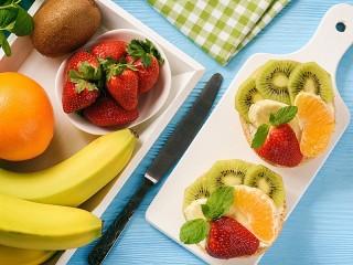 Собирать пазл Fruit sandwiches онлайн