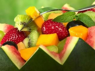 Собирать пазл Fruit salad онлайн