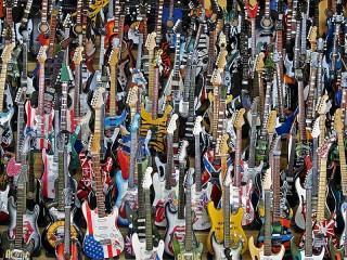 Собирать пазл Guitars онлайн