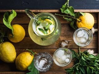 Собирать пазл Cold lemonade онлайн