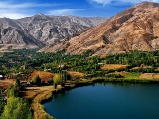 Собирать пазл Iran mountain lake онлайн