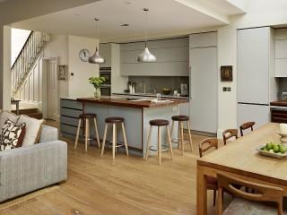 Собирать пазл Kitchen in gray tones онлайн