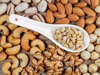 Собирать пазл Spoon nuts онлайн