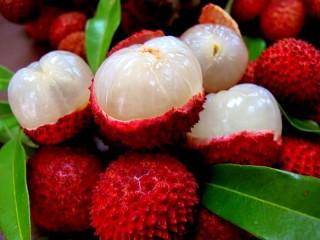 Собирать пазл Lychee fruit онлайн