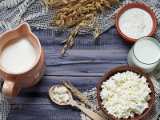 Собирать пазл Dairy products онлайн