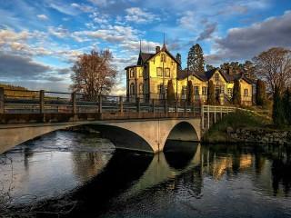 Собирать пазл Bridge to home онлайн