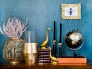 Собирать пазл Still life with a globe онлайн