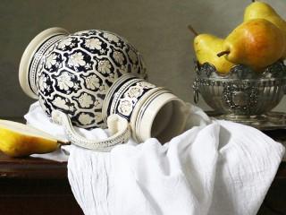 Собирать пазл Still life with jug онлайн