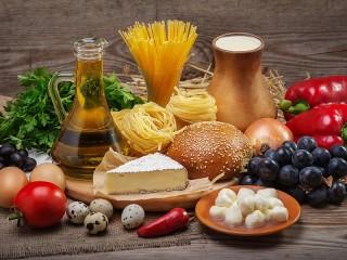 Собирать пазл Still life with pasta онлайн