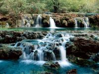 Собирать пазл unusual waterfall онлайн