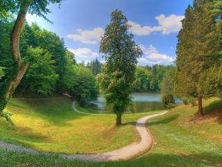 Собирать пазл Ozero v lesu онлайн