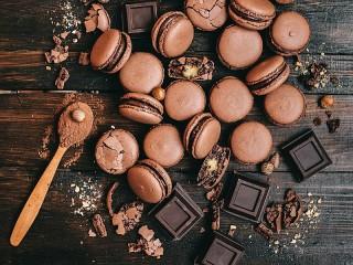 Собирать пазл Biscuits and chocolate онлайн
