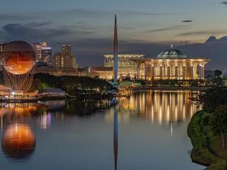 Собирать пазл Putrajaya онлайн