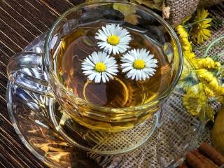 Собирать пазл Romashkoviy chay онлайн