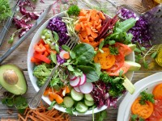 Собирать пазл Salad онлайн
