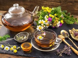 Собирать пазл Herbal tea and honey онлайн