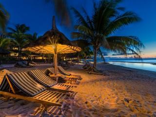 Собирать пазл Vecher v tropikah онлайн