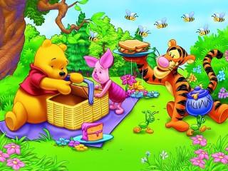 Собирать пазл Winnie-the-Pooh онлайн