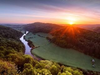 Собирать пазл Sunrise on the river Wye онлайн