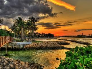 Собирать пазл Sunset in Florida онлайн