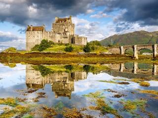 Собирать пазл Eilen Donan Castle онлайн