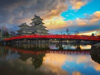 Собирать пазл Matsumoto Castle онлайн