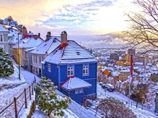 Собирать пазл Winter Bergen онлайн