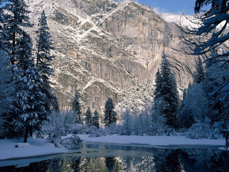 Puzzle Sammeln Puzzle Online - Winter in mountains